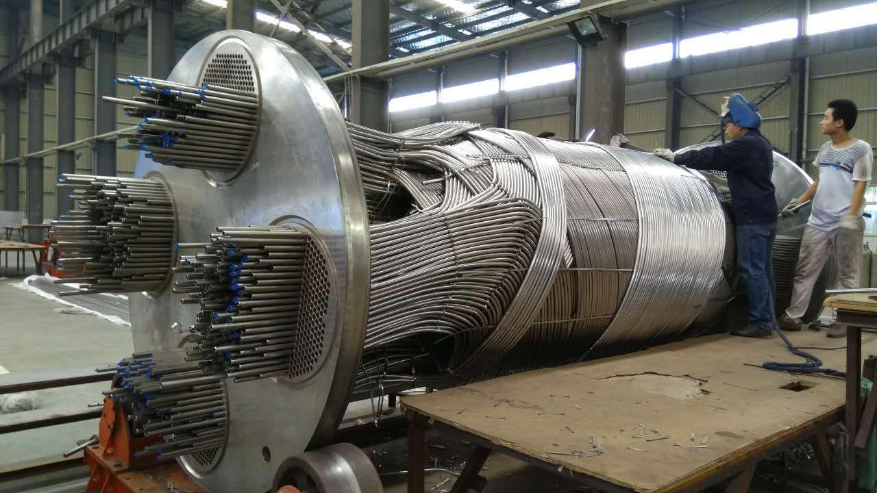 高压绕管换热器